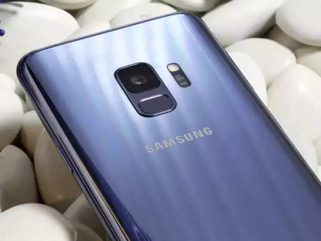Samsung Galaxy S10 may arrive by January 2019, foldable handset may show up at MWC 2019