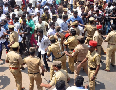 Puducherry police fire teargas to disperse two clashing