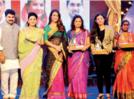 An award night dedicated to women in Kolhapur