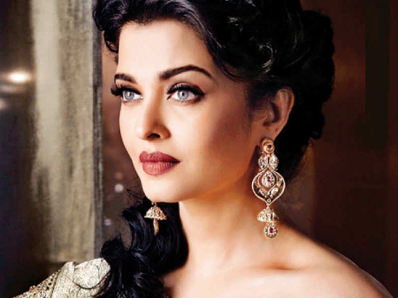 Aishwarya Rai Bachchan: Should have been more aggressive in career planning    Hindi Movie News - Times of India
