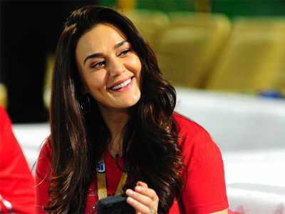 WATCH: Preity Zinta happiness at Mumbai Indians exit goes viral | Cricket  News - Times of India