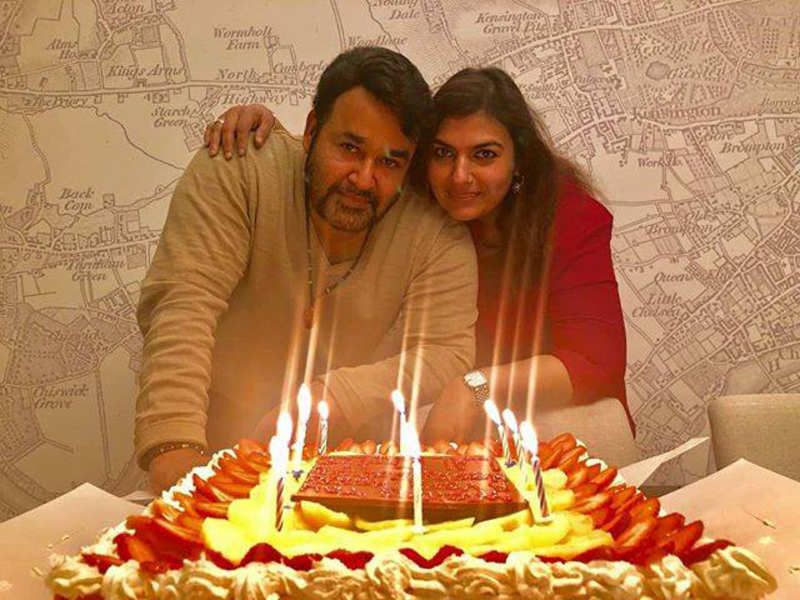Pleasant Mohanlal Mohanlal Celebrates His Birthday With His Wife And Funny Birthday Cards Online Overcheapnameinfo