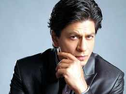Shah Rukh Khan gets candid on 'Zero' set