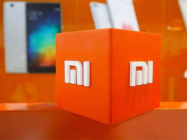 Watch: Xiaomi Mi 8 appears in hands-on video