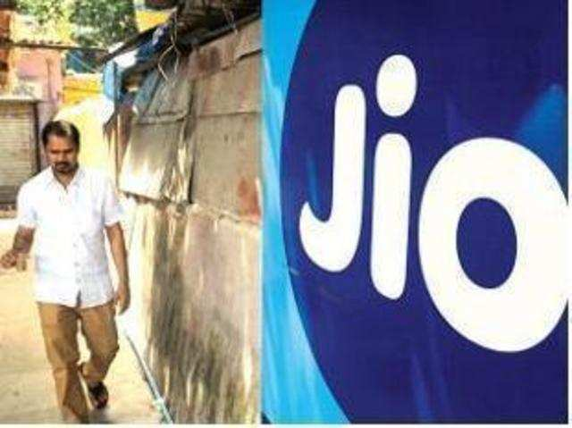 Reliance Jio offers 8GB free data to all users: Here's how to avail it