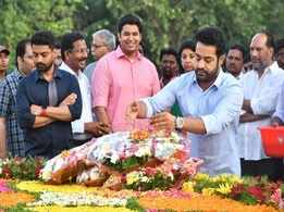 Tributes pour in for NTR on his 95th birth anniversary