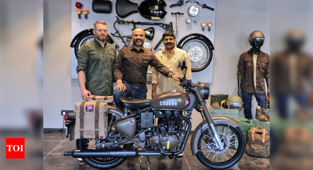 Royal Enfield Royal Enfield Classic 500 Pegasus Launched At Rs 2 49 Lakh Times Of India