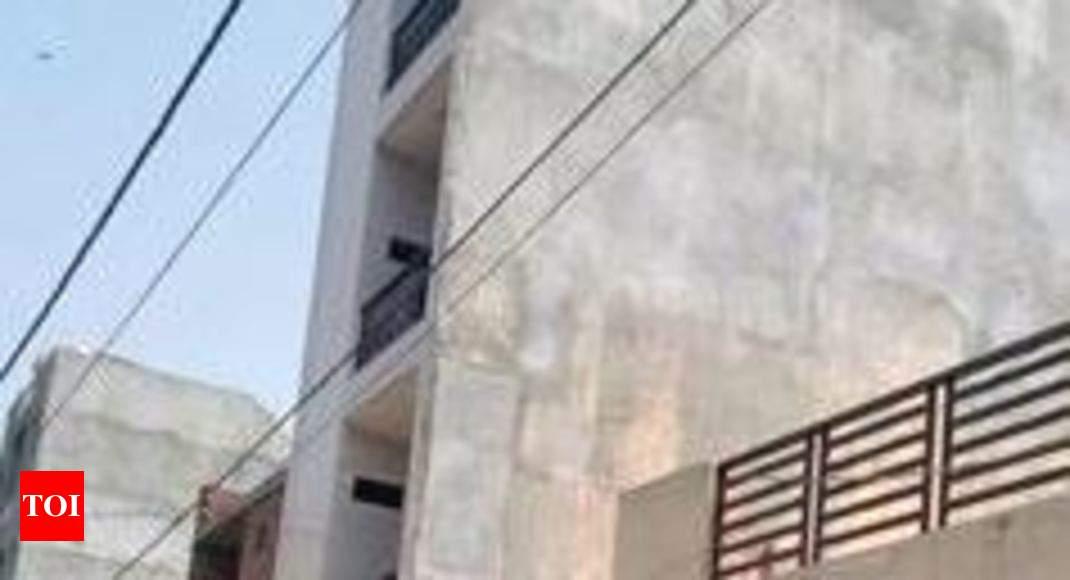 Nigerian: Three Nigerians found dead in Delhi apartment | Delhi News ...