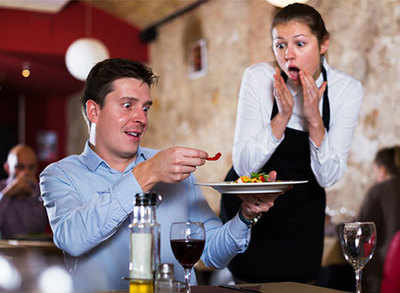 Restaurant nightmares and how they should handle them