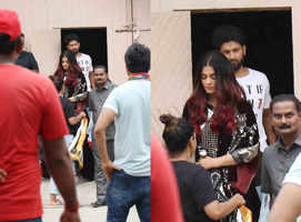 Aishwarya clicked on sets of 'Fanney Khan'