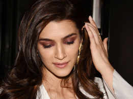 Kriti Sanon's new hair colour is just wow!