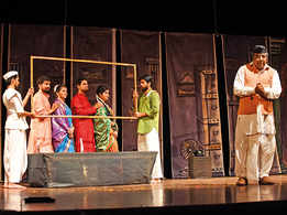 Marathi play Natsamrat staged in Lucknow