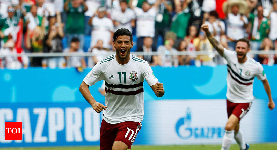 ce3400c1efb FIFA World Cup 2018  Mexico beat South Korea 2-1