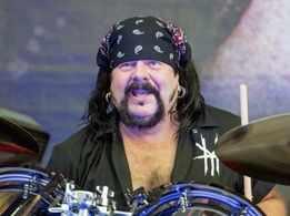 Pantera drummer, co-founder Vinnie Paul passes away