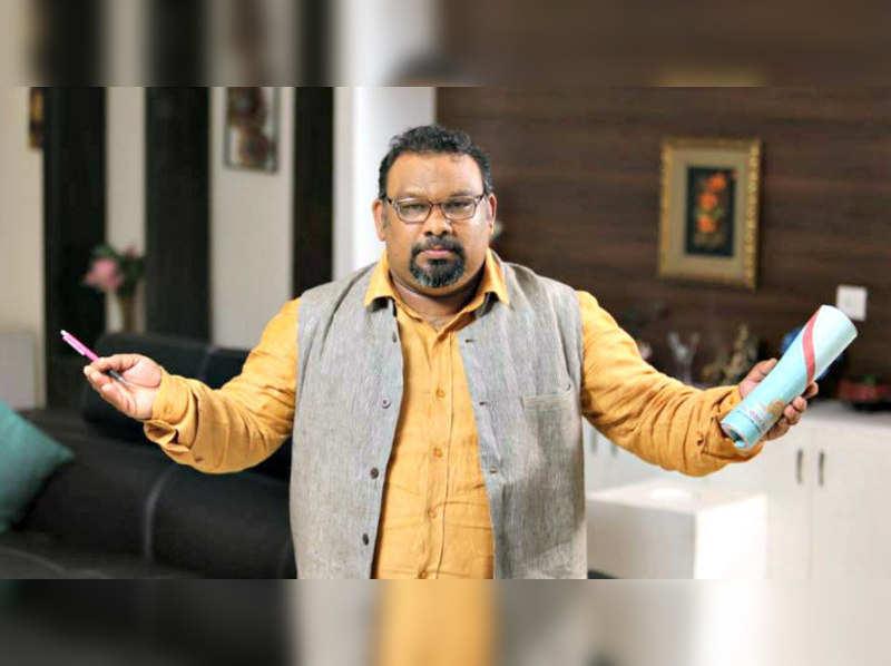 Mahesh Kathi and Naga Babu slug it out over Ramayana controversy; Bajrang Dal continues to protest