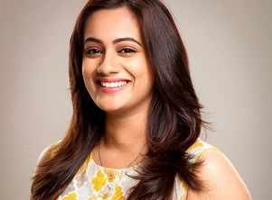 Spruha Joshi to host Sur Nava Dhyas Nava Little Champs season 2