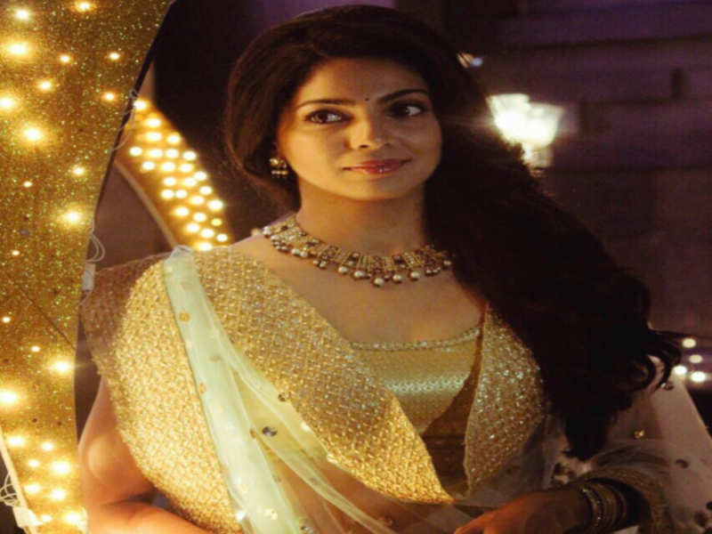 Pooja Sawant celebrates one year anniversary of 'Lapachhapi' with some throwback pictures