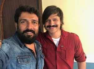 Ravi Varma welcomes Vivek Oberoi to Sandalwood