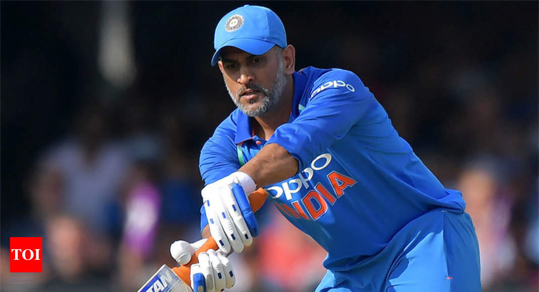 Dhoni s knock reminded me of m
