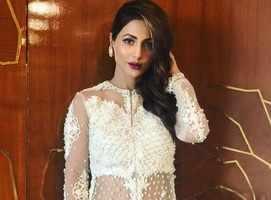 Hina Khan accused of fraud; actress retorts