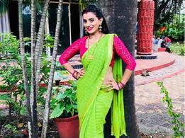 Photo: Akshara Singh looks enchanting in a saree
