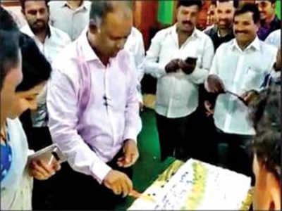 Assembly secretary celebrates birthday in lounge, breaks