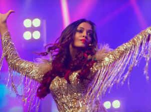 You can't miss Aishwarya Rai's latest look