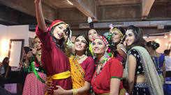 Backstage with Kareena Kapoor & Madhuri Dixit at Miss India 2018 Finale