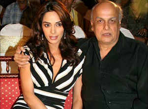 This is how Mahesh Bhatt reacted after Mallika Sherawat commented about sexual harassment in Bollywood