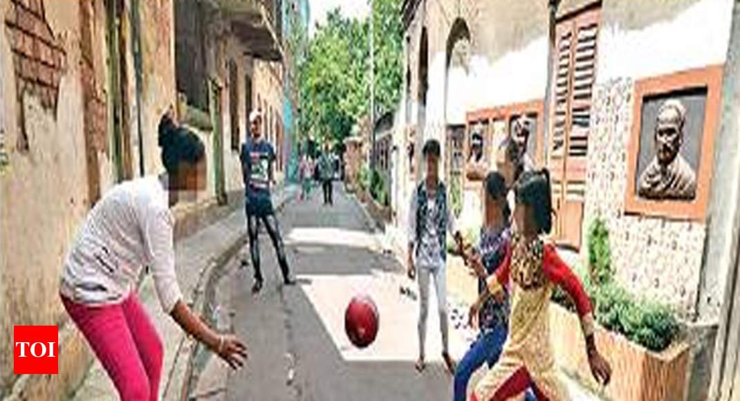 Kolkata news: Sonagachhi girls kick taboo, and a ball ...