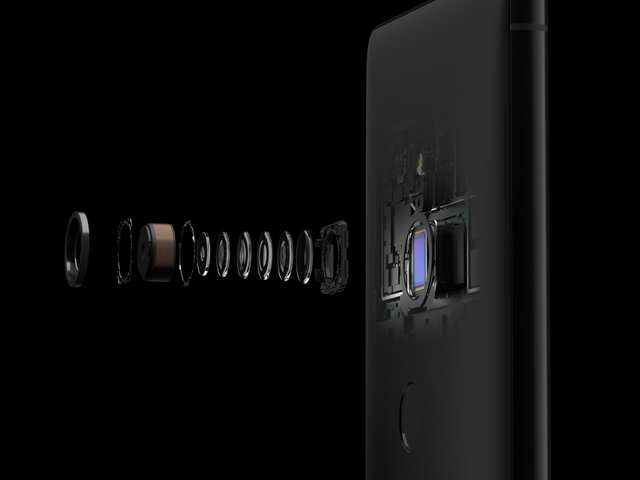 Sony launches 48MP mobile camera sensor, may debut in 2019