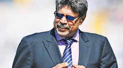 Imran Khan made Pakistan's cricket team a cohesive unit. That ability has led to his rise in politics, says Kapil Dev