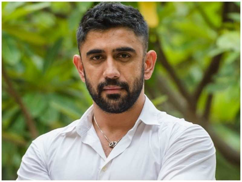 Amit Sadh: I will be silly if I have fears of being typecast | Hindi Movie  News - Times of India