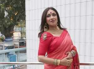 Rituparna resumes shoot for Anweshan