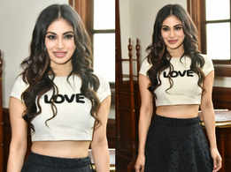 Trend to steal: Mouni Roy's fusion lehenga look