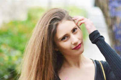 Chrysa Androutsopoulou crowned Miss Earth Greece 2018