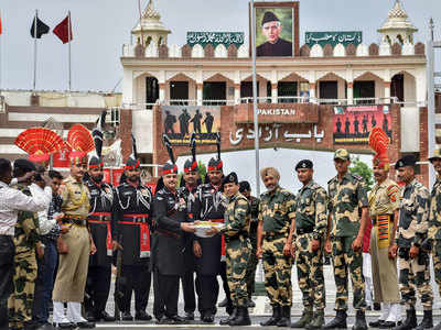 Today latest news images of india and pakistan borders