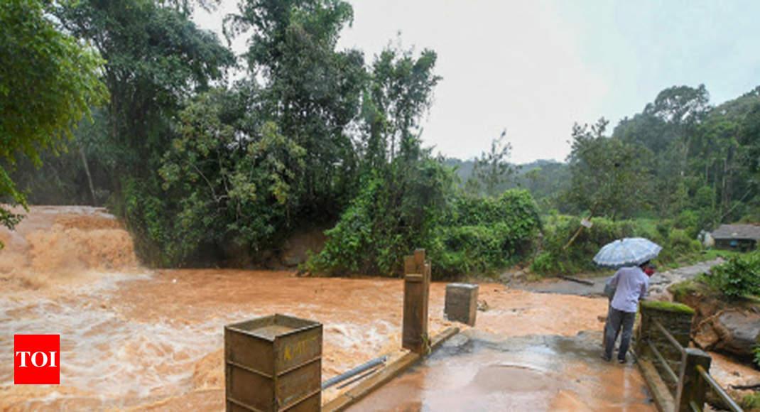 Now, deluge spectre haunts Karnataka, Tamil Nadu