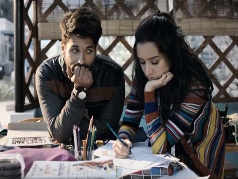Batti Gul Meter Chalu' song 'Dekhte Dekhte': The slow romantic ...