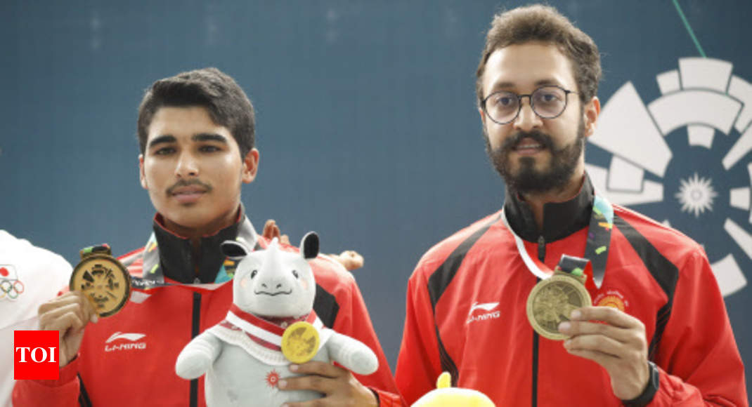 saurabh 16 yr old meerut lad is crowned pistol king of asia