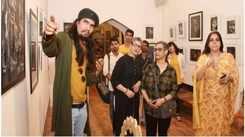 Pandit Vishwa Mohan Bhatt inaugurates art show in Jaipur