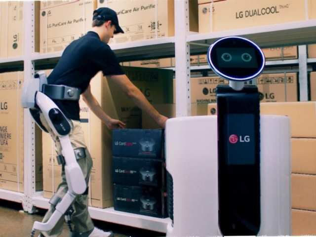 LG's wearable robot will bring you close to becoming the 'Iron Man'