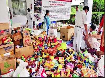 Kolkata schools do their part for Kerala flood victims | Kolkata