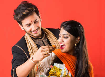 9 Raksha Bandhan quotes only a foodie brother and sister can relate to