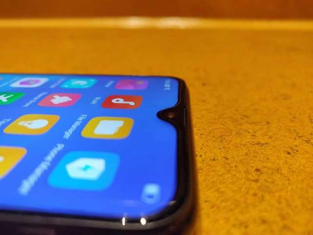 Waterdrop notch: The latest trend in smartphones