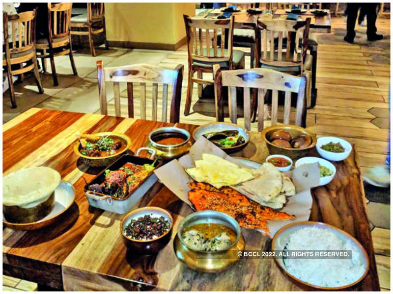 Balle Balle on the Grand Trunk Road Highway... Dining at Taftoon