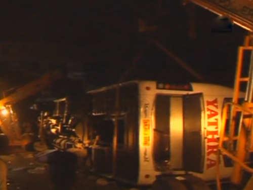 7 dead several injured in bus accident in tamil nadu s salem city