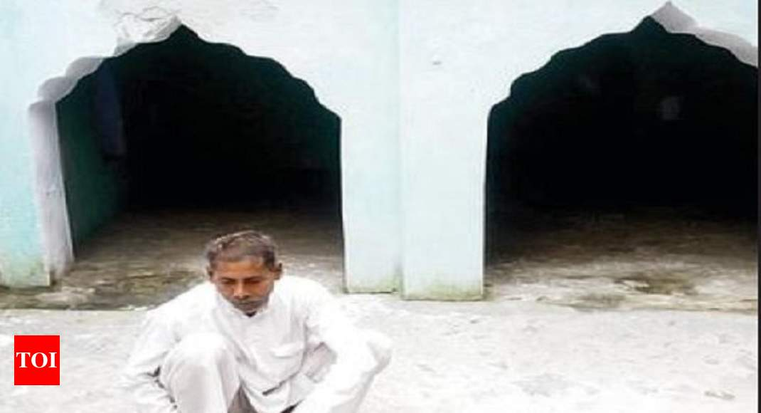 Hindu takes care of mosque he saved during 2013 riots | Meerut News