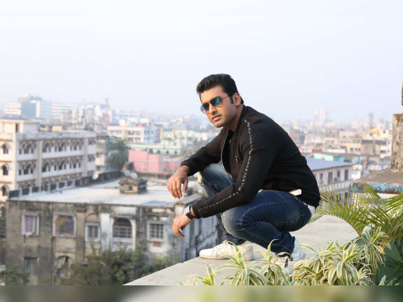 'Shudhu Tui' is a beautiful montage and I had a great time shooting it: Ankush