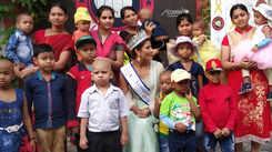 Nehal Chudasama meets kids at NGO